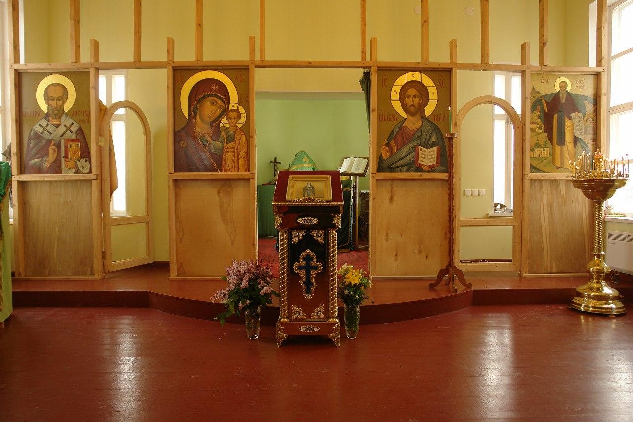 В Храме в честь Преподобного Елисея Сумского. Село Сумский Посад. Фото В. Дрягуева