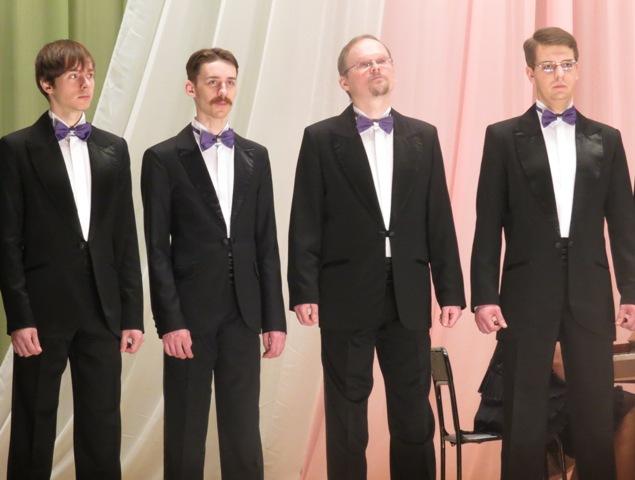 Мужской хор Вологодской филармонии в Беломорске. Фото Светланы Кошкиной