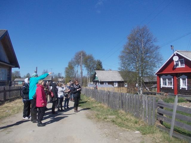 Деревня Панозеро.Экскурсия по улицам деревни.Фото О.Степановой. 22.05.2013 г.