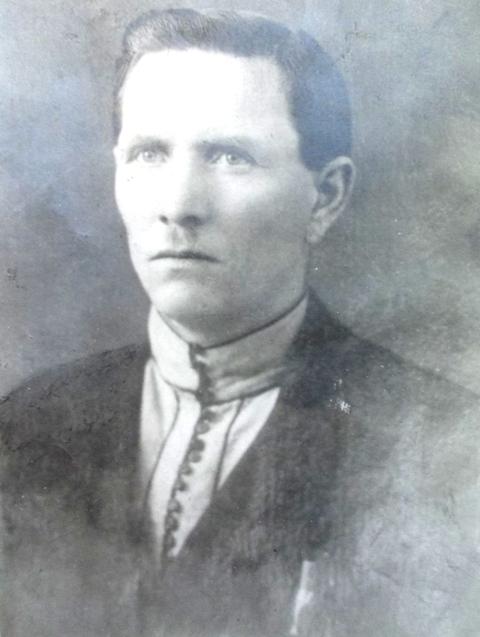 Иван Аникиев, первый председатель сухонского колхоза