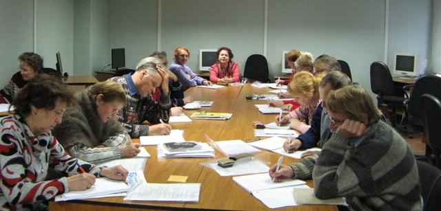 На занятии по проекту. 3 октября 2013 г. Фото С. Кошкиной