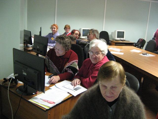 На занятии по проекту3 октября 2013 г. Фото С. Кошкиной