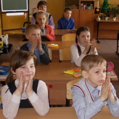 Совенок в гостях у третьеклассников. 9 апреля 2014 г. Фото Н. Афанасенко