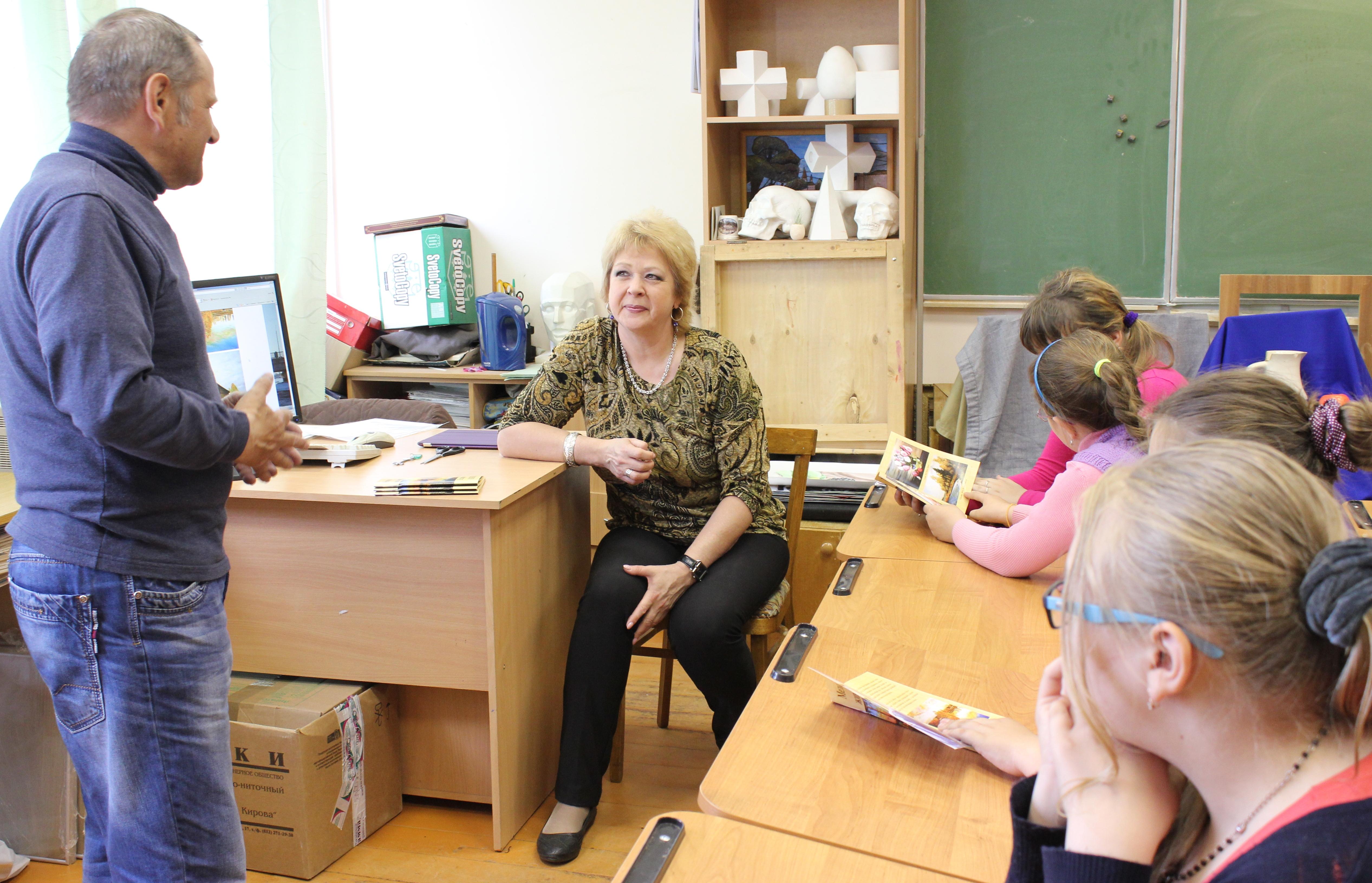 Творческая встреча В. Кобоева с учащимися Петроз. детской школы искусств. 28 мая 2014 г. Фото М. Июдиной (11)