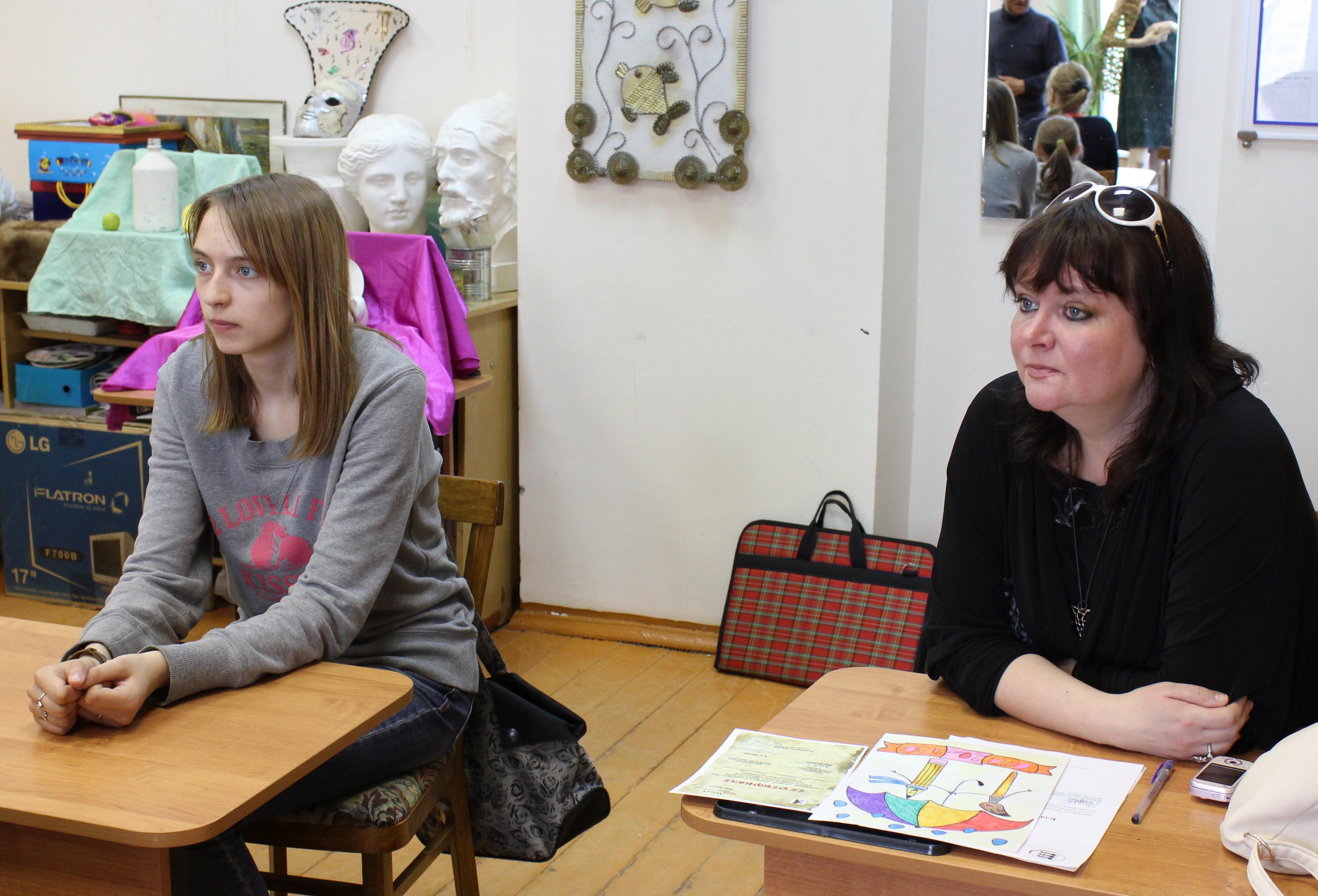 Творческая встреча В. Кобоева с учащимися Петроз. детской школы искусств. 28 мая 2014 г. Фото М. Июдиной (12)
