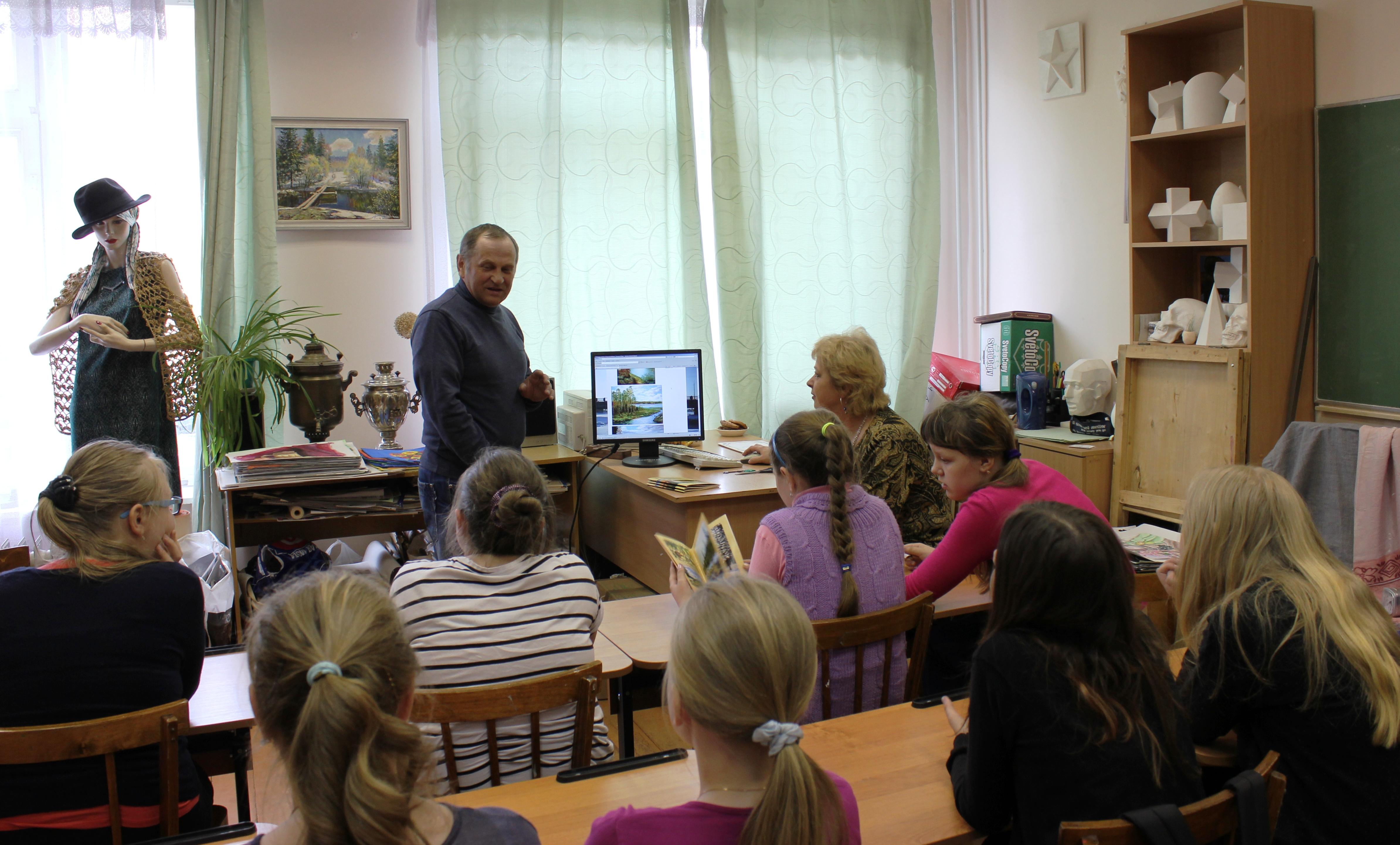 Творческая встреча В. Кобоева с учащимися Петроз. детской школы искусств. 28 мая 2014 г. Фото М. Июдиной (13)