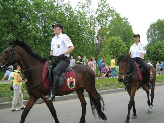 Праздничный патруль. Фото О. Степановой