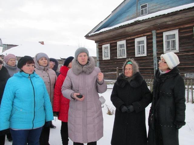 Экскурсия по селу, знакомство с архитектурой нюхотских домов