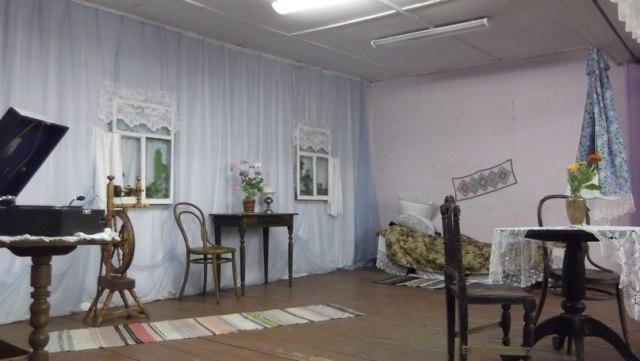 Сумпосадский Дом культуры. Оформление сцены к Поморской гостьбе. 12 августа 2015 г.
