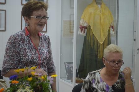 В Центре поморской культуры состоялось очередное занятие курсов золотного шитья