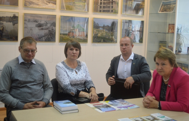 Встреча депутата Государственной Думы Российской Федерации Валентины Николаевны Пивненко с жителями города